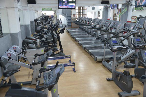 Máquinas Cardiovasculares Gimnasio Santa Coloma